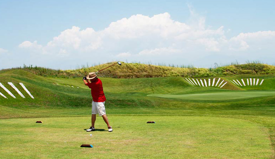 Crete Golf Club with 18 holes only 20 km from the Hotel