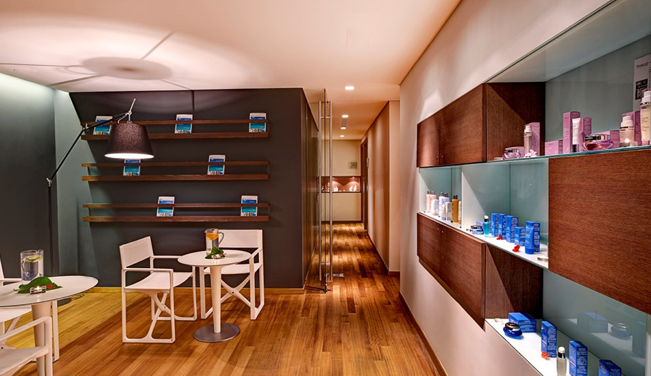 Extensive spa menu including face treatments and body massages